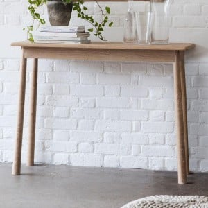 Builth Wells Furniture Nordic Console Table Oak