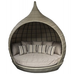 Signature Weave Garden Furniture Pearl Daybed Nature