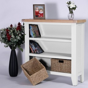 Charlbury White Painted Furniture Small Wide Bookcase with Baskets