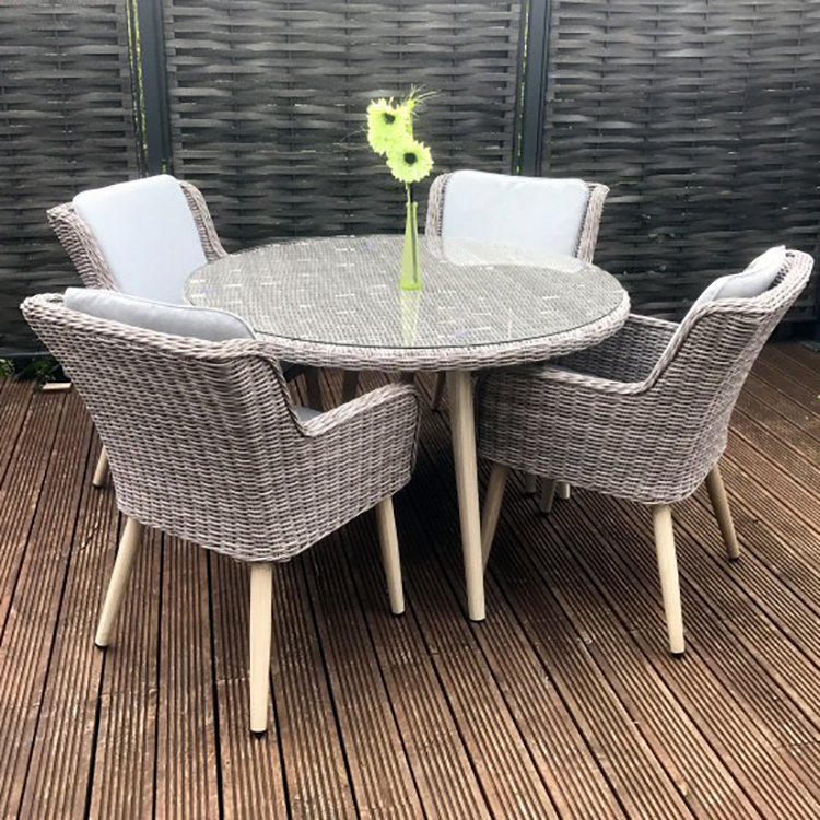Signature Weave Garden Furniture Danielle 4 Seat Round Dining Set