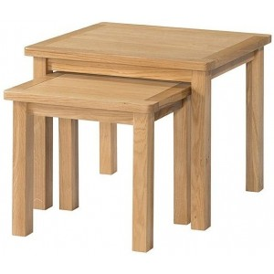 Burford Oak Furniture Nest Of Tables