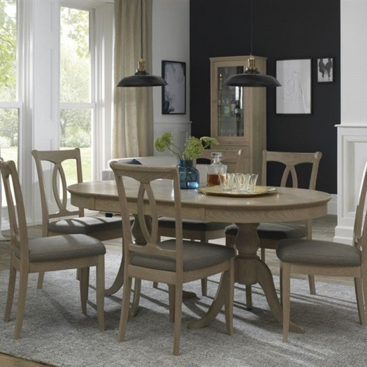 Bentley Designs Bordeaux Chalk Oak Furniture